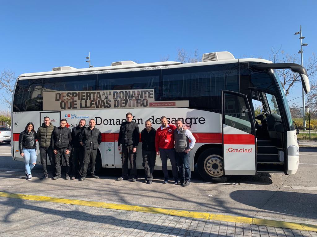 bus cruz roja
